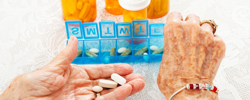 BLOG-OVERMEDICATION-ELDERLY-2.jpg